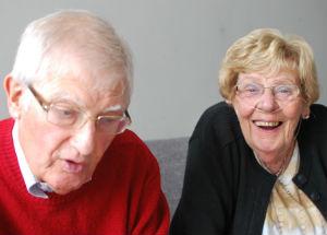 Laat opa en oma maar schuiven! - inspirerende ouderen - toekomt.nl